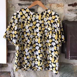 Black/White/Yellow Floral Patterned Top Sz 16W